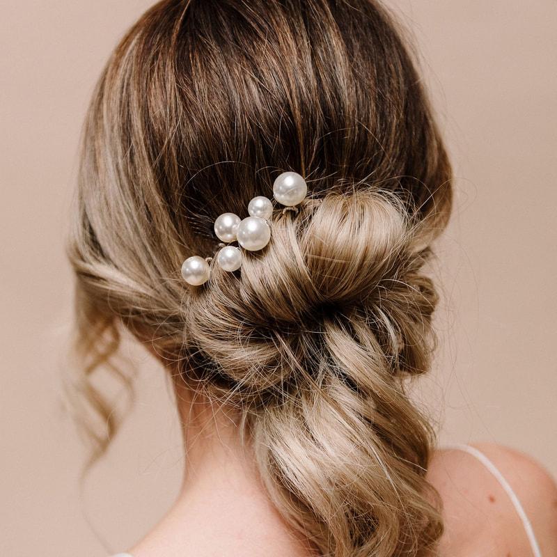 Purity Pearl Hairpins - Arianna Tiaras