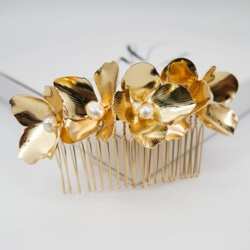 Golden Hydrangea Comb